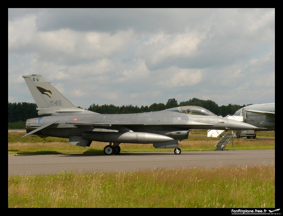 General Dynamics F-16A/ADF Fighting Falcon (401) - MM7245 / 5